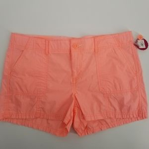 SO girls peach shorts in size 20 1/2, NWT